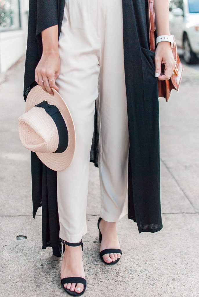 The perks of having a minimalist wardrobe