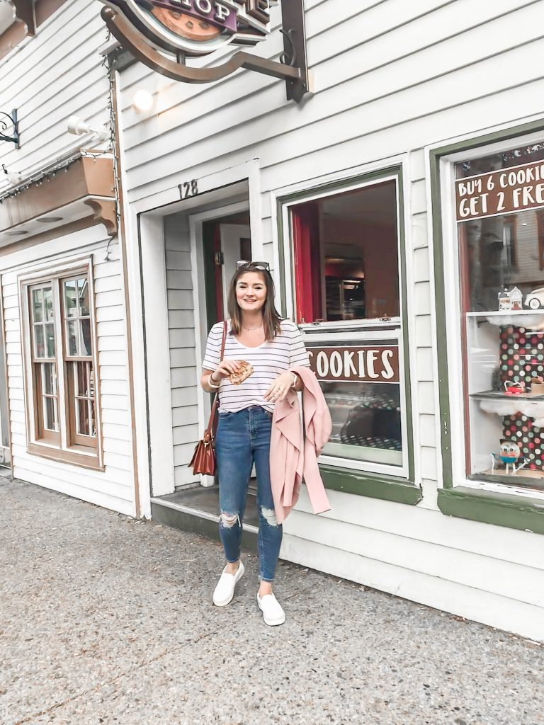 Vacation Instagram Roundup striped tee and jeans outfit