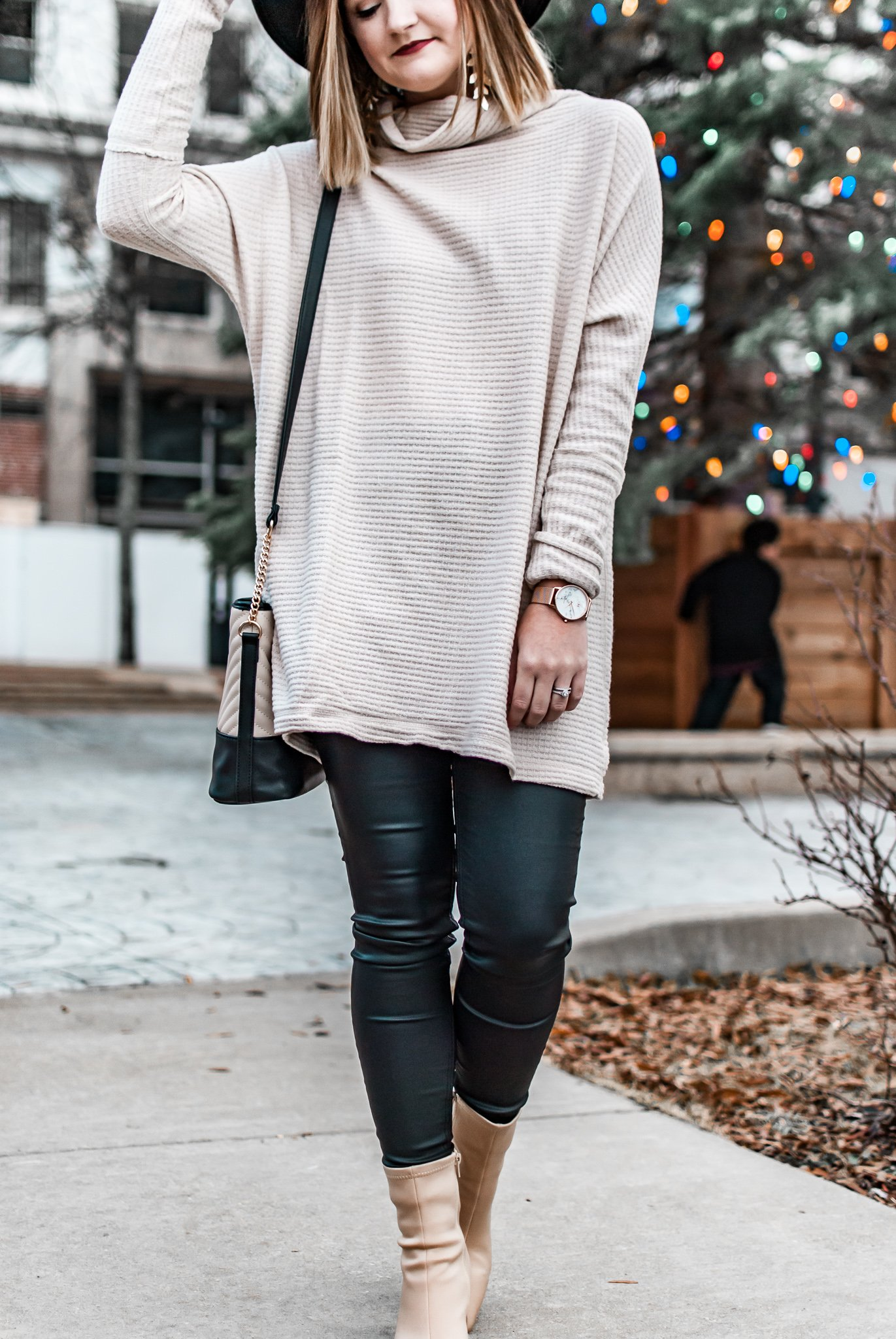 Cozy Winter Style + Last Minute Holiday Shopping Tips